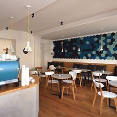 Café Blá // München:  Gastronomie von LOVA