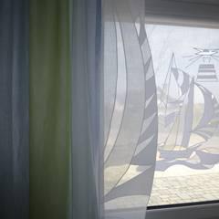 """""""Segelschiff"""":  Arbeitszimmer von URI DESIGN"""