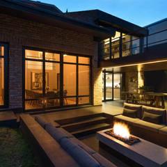 Houses by ARCO Arquitectura Contemporánea , Modern