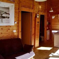RUSTICASA   Cabañas Patagónicas   Outono: Hotéis  por Rusticasa