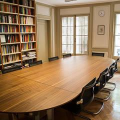 Habilitación de Centro de Estudios Stanford por RENOarq: Oficinas y Comercios de estilo  por RENOarq