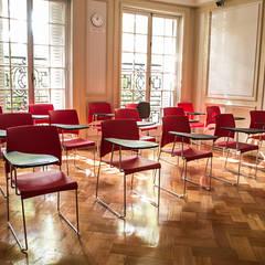 Habilitación de Centro de Estudios Stanford por RENOarq: Escuelas de estilo  por RENOarq