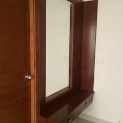Dressing Unit:  Dressing room by Vedasri Siddamsetty,Modern