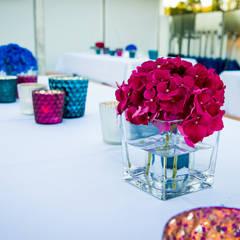 Blumendekoration:  Veranstaltungsorte von The Harrison Spirit