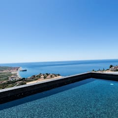 Infinity pool von Home & Haus | Home Staging & Fotografía