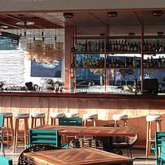 Restaurante Marea | Playa del carmen: Restaurantes de estilo  por AmorettiBrothers Studio | Mexico, Clásico Cobre/Bronce/Latón