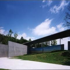 エントランス・ゲート: 株式会社ラウムアソシエイツ一級建築士事務所が手掛けた美術館・博物館です。