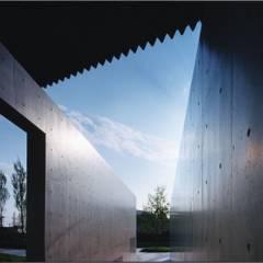 ゲート: 株式会社ラウムアソシエイツ一級建築士事務所が手掛けた美術館・博物館です。