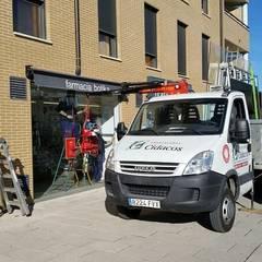 Sustitución de escaparates con servicios de urgencias: Ventanas de estilo  de Cristaleria Cidacos