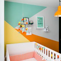 Dormitorios infantiles de estilo  por Little One