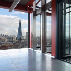 Neo Bankside Apartments:  Corridor & hallway by Graham D Holland