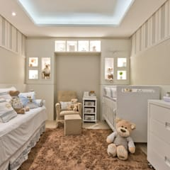 Quarto menino: Quarto infantil  por KIDS Arquitetura para pequenos