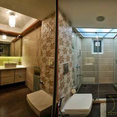 Apartment  in Bandra:  Bathroom by Karyam Designs
