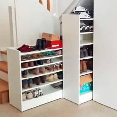 Ausziehbarer Schuhschrank:  Flur & Diele von Schreinerei & Innenausbau Fuchslocher