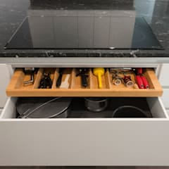 Annapolis Renovation/Addition:  Kitchen by ARCHI-TEXTUAL, PLLC