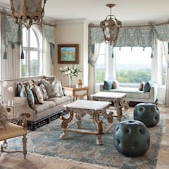 Day Room:  Conservatory by Kellie Burke Interiors