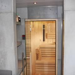 Betonnen spa en sauna:  Spa door ConcreetDesign BV