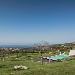 Infinity pool by Officina29_ARCHITETTI