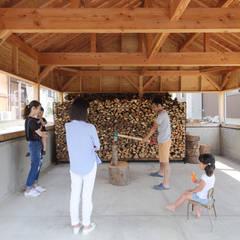 田中町の家 / House in tanaka-cyo: アトリエセッテン一級建築士事務所が手掛けたガレージです。