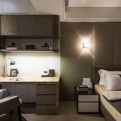 Bedroom by 汎羽空間設計,