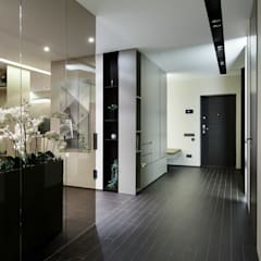 Pasillos, vestíbulos y escaleras coloniales de ART Studio Design & Construction Colonial