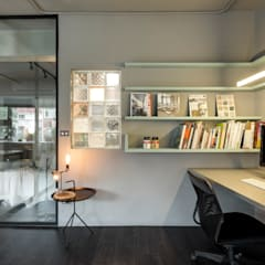 Study/office by 磨設計