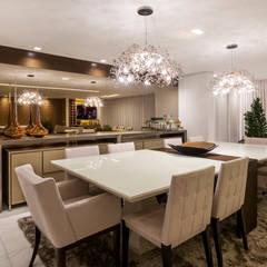 Sala de estar e jantar: Salas de jantar  por Home projetos