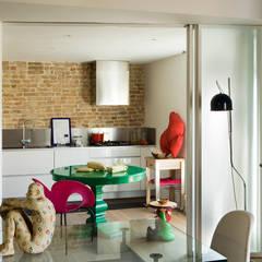 Appartamento in centro storico: Cucina in stile  di Filippo Coltro architetto