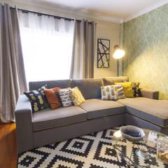 Sala de Estar e Jantar em Odivelas: Salas de estar  por Sizz Design