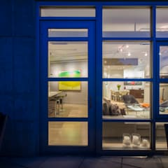 Penthouse on Church Street:  Windows by FORMA Design Inc.