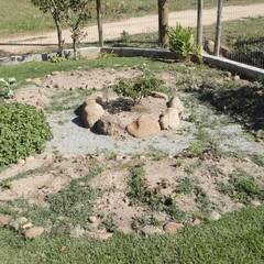 Casa Bem - te - vi: Jardins de pedras  por A+R  arquitetura