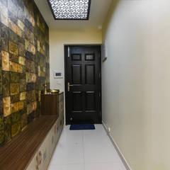 Two BHK - Whitefield:  Corridor & hallway by Wenzelsmith Interior Design Pvt Ltd