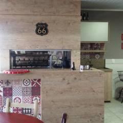 Espaço Gourmet: Cozinhas embutidas  por Rhome Arquitetura