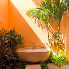 tropical Bathroom by foto de arquitectura