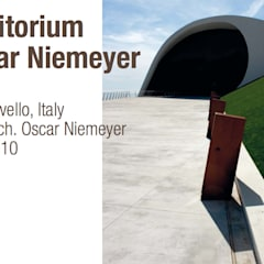Pavimento NUVOLATO – Auditorium Oscar Niemeyer: Salones de eventos de estilo  de Fermox Solutions