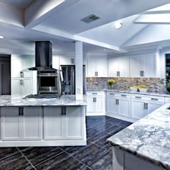 Kitchen by Main Line Kitchen Design, Classic
