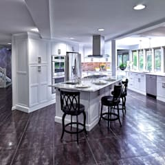classic Kitchen by Main Line Kitchen Design