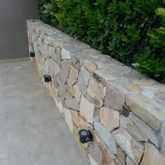 Giardino roccioso in stile  di Estudio Karduner Arquitectura