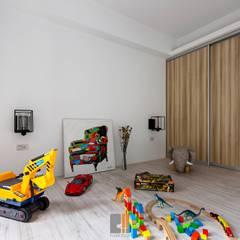逸.居:  嬰兒房/兒童房 by 築川設計