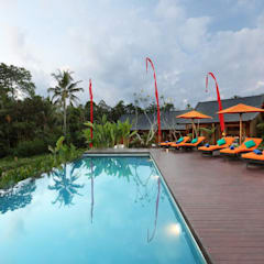 TegalTis Ubud:  Hotels by WaB - Wimba anenggata architects Bali
