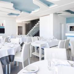 Restaurante Gastronomy - tectos : Espaços de restauração  por The Spacealist - Arquitectura e Interiores