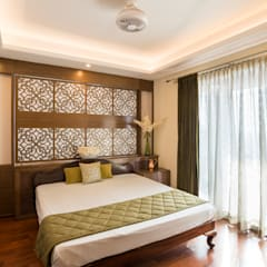 Master Bedroom:  Bedroom by Vivek Shankar Architects