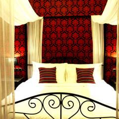 Delmara Villa, Soka Tabanan Bali :  Kamar Tidur by Credenza Interior Design