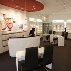 Optiker:  Ladenflächen von bp Innenarchitektur Petra Blome