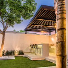 Beau Área Exterior MCP: Jardines De Estilo Por S2 Arquitectos
