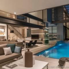 Outdoor Entertainment:  Garden Pool by Nico Van Der Meulen Architects