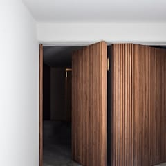 Front doors by Alejandro Giménez Architects