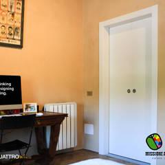 Casa Proattiva: Porte in stile  di Effebiquattro S.p.A.