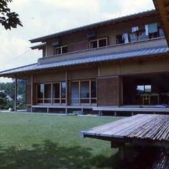 『和風住宅・書院と民家の融合』東大和の家(東大和市): 猪野建築設計一級建築士事務所が手掛けた木造住宅です。