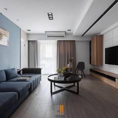 原.敘:  客廳 by 築川室內裝修設計有限公司